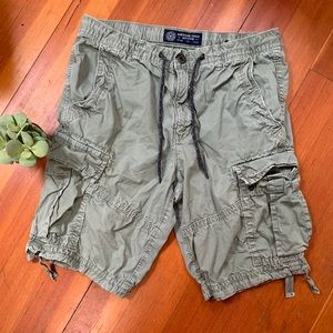 AEO classic khaki cargo shorts